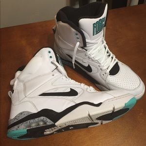 patrimonio energía Amigo por correspondencia  Nike Shoes | Air Command Force 180 David Robinson Spurs | Poshmark